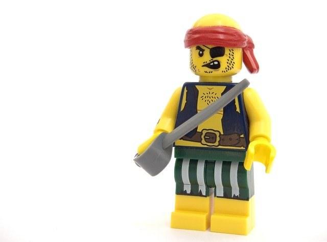 pirate-2129571_640.jpg